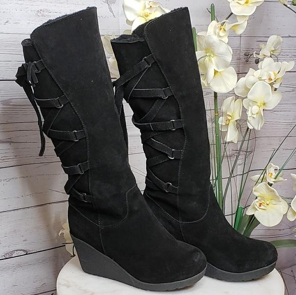 903deb700b7 BearPaw Shoes - Bearpaw Britney. New. Size 10